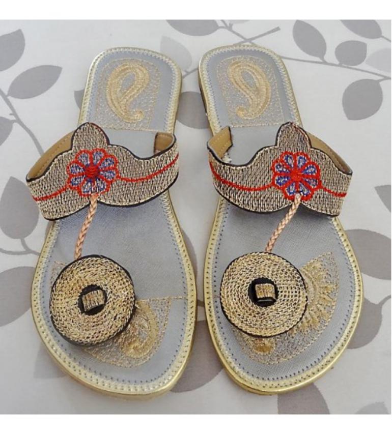 Bridal Zari Chappal
