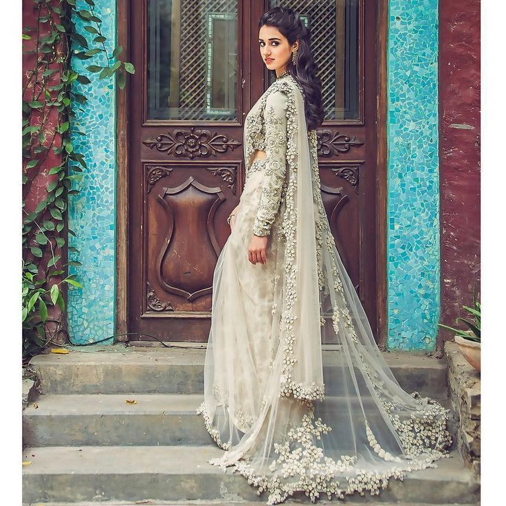 lace saree - shaadifashion
