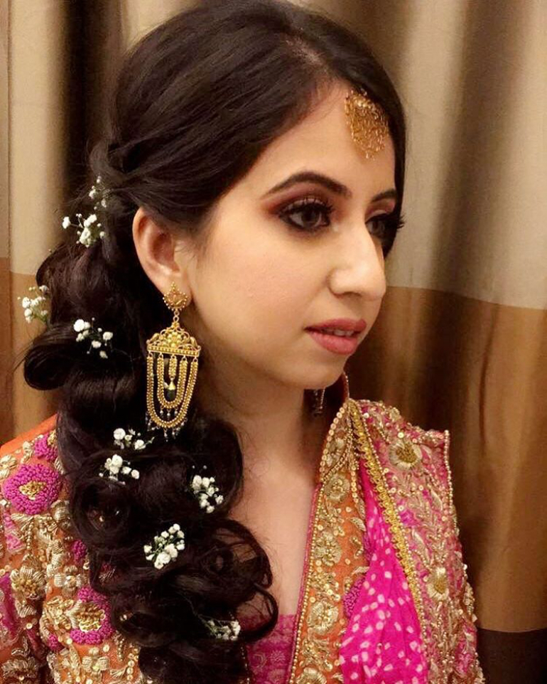 Easy And Trendy Hairdos For Sister Of The Bride Bbfs