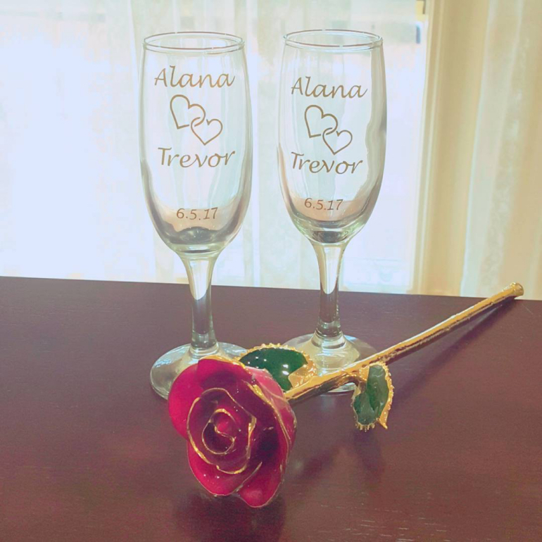 wine flutes- alanascustomdesigns