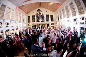 Selecting the Right Indian Wedding DJ