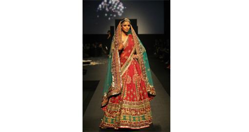 """Ritu Kumar """"Panchvastra"""" Fashion Show"""