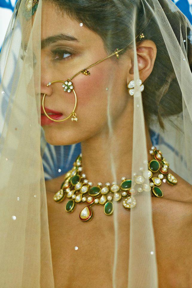 Anita Dongre Festive 2014 collection bridal jewlery and nose ring 6