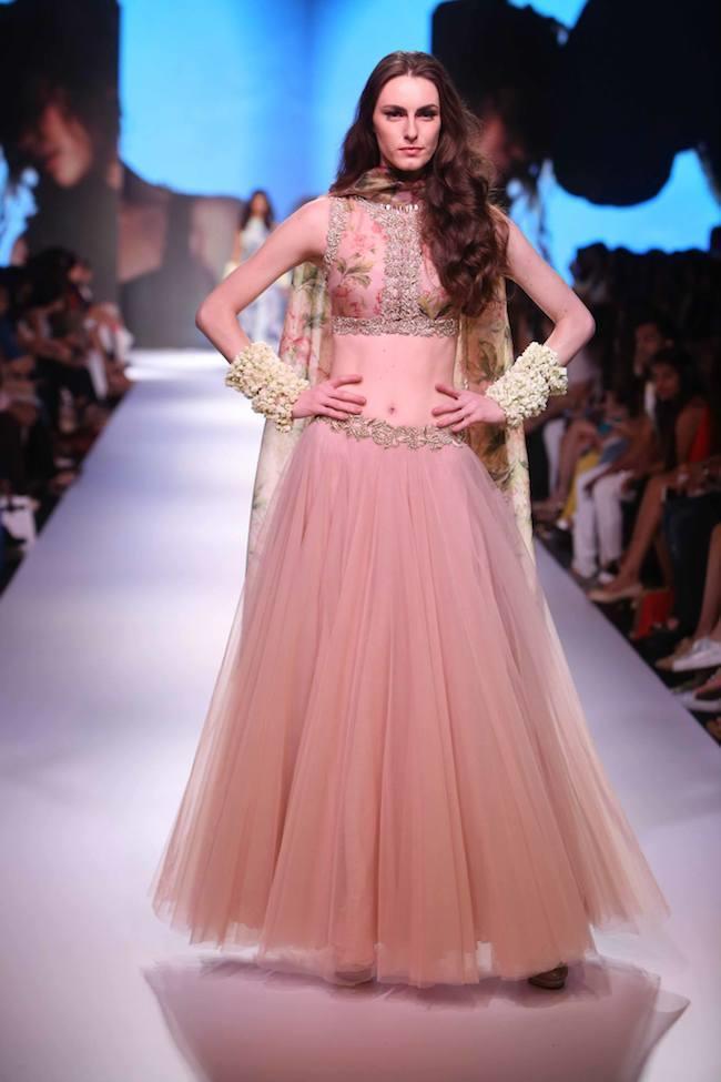Anushree Reddy And Arpita Mehta Hit The Lakme Fashion Week
