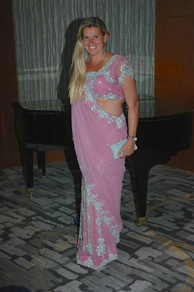 Paula borrow it bindaas pink sari