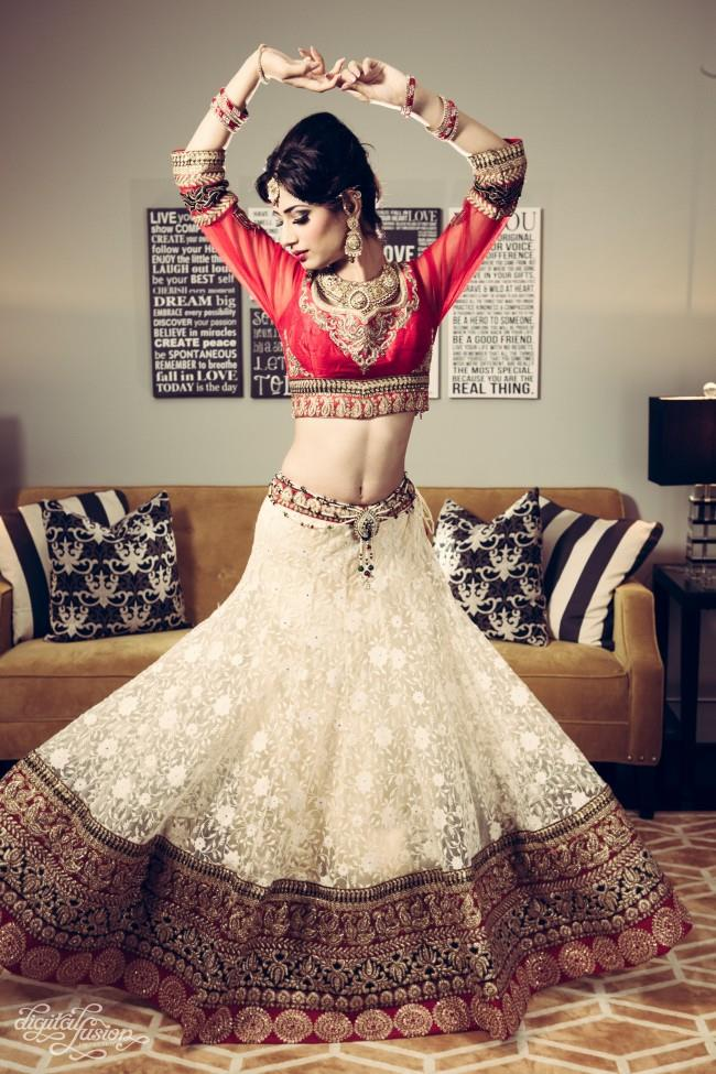 indian bridal shoot dancing pose