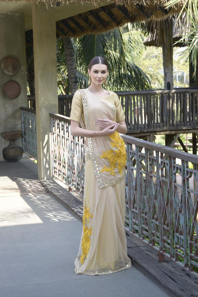 ethnic dukaan delivers you the fashion of india right to