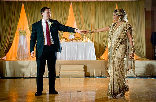 Gold Indian Reception in Florida by Suhaag Garden