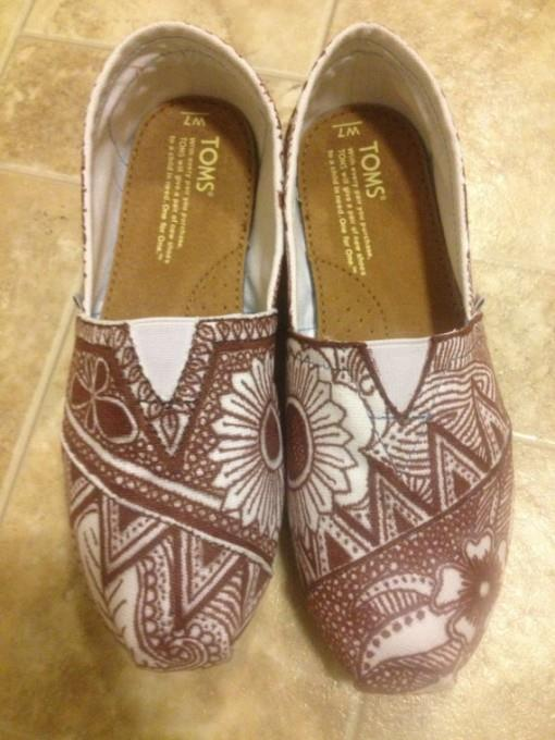 Mehndi Bridal Shoes : Henna mehndi inspired toms indian wedding shoes