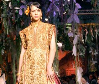 Aamby Valley India Bridal Fashion Week 2012- Tarun Tahiliani
