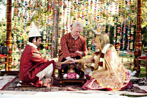 Outdoor Indian Bengali Wedding Ceremony