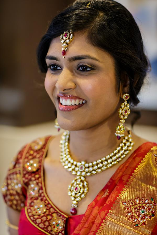 4a Indian Bridal sari and jewelry