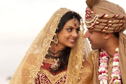 Real Wedding: Vikram Kumar and Pooja Chitgopeker (1)