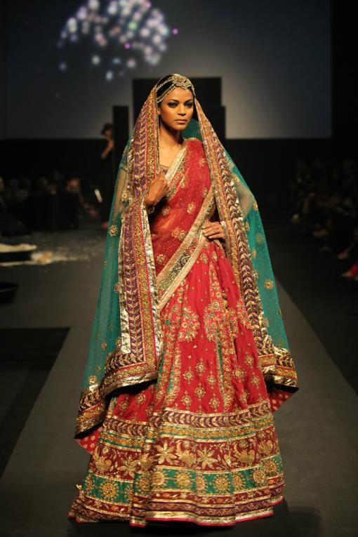 "Ritu Kumar ""Panchvastra"" Fashion Show - photo #29"