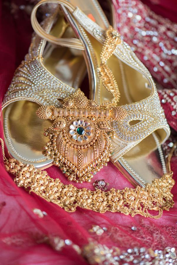 3a indian wedding shoes and jewelry