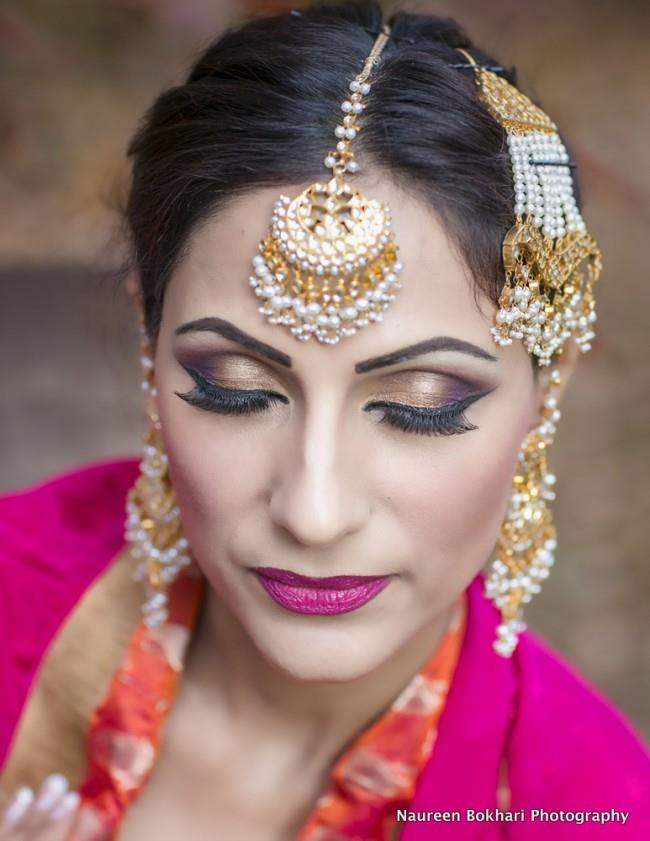 indian bridal wedding makeup pink lips matha patti