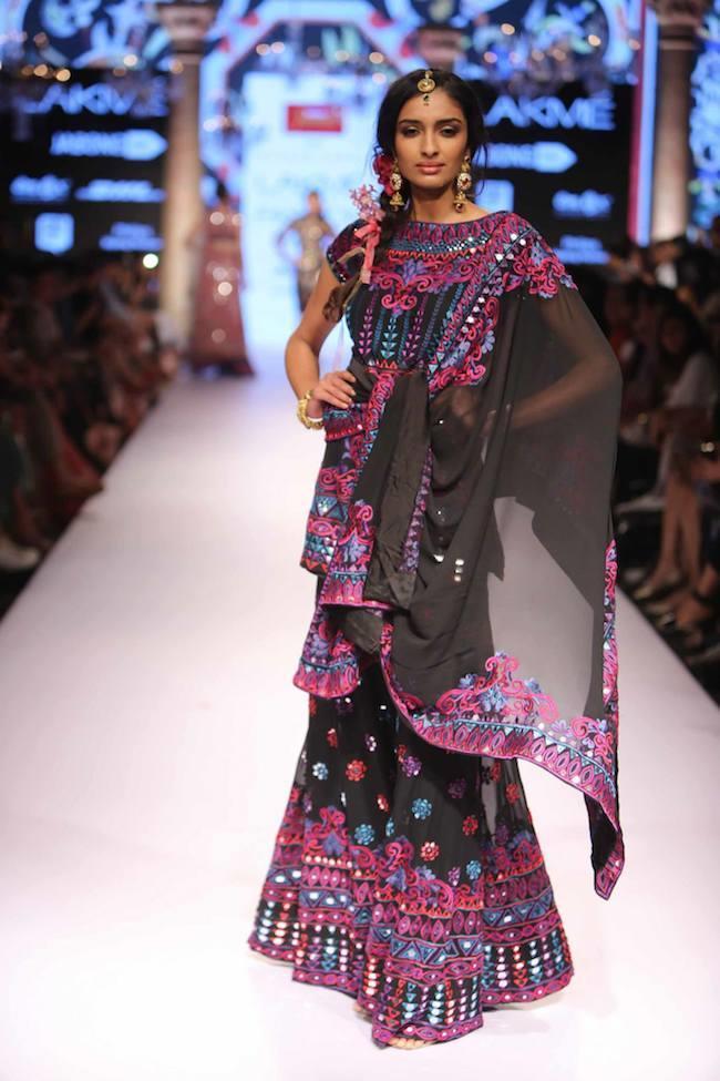 Suneet Varma Dazzles on the Lakme 2015 Summer Fashion Runway