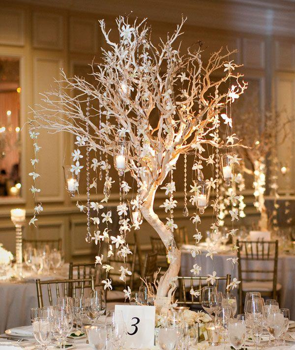 Tall-wedding-centerpiece-for-winter