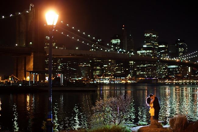 9anightime brooklyn bridge indian engagement session