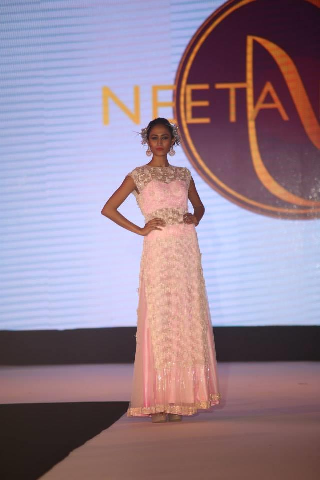 Hindu Bridal Mantra Show Pink Dress