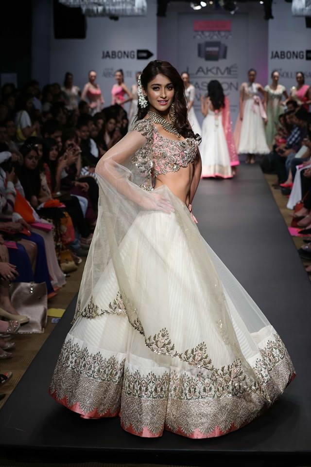 Anushree Reddy Lakme Fashion Week Summer Resort 2014 Ileana DCruz in pink and white net ballroom lehnga