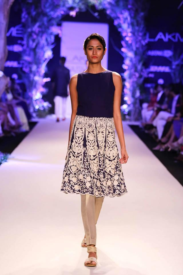 Lakme Summer Resort 2014 Manish Malhotra navy blue lace suit with churidar