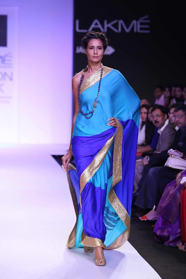 Mandira Bedi Lakme Fashion Week Summer 2014 blue shades and gold sari