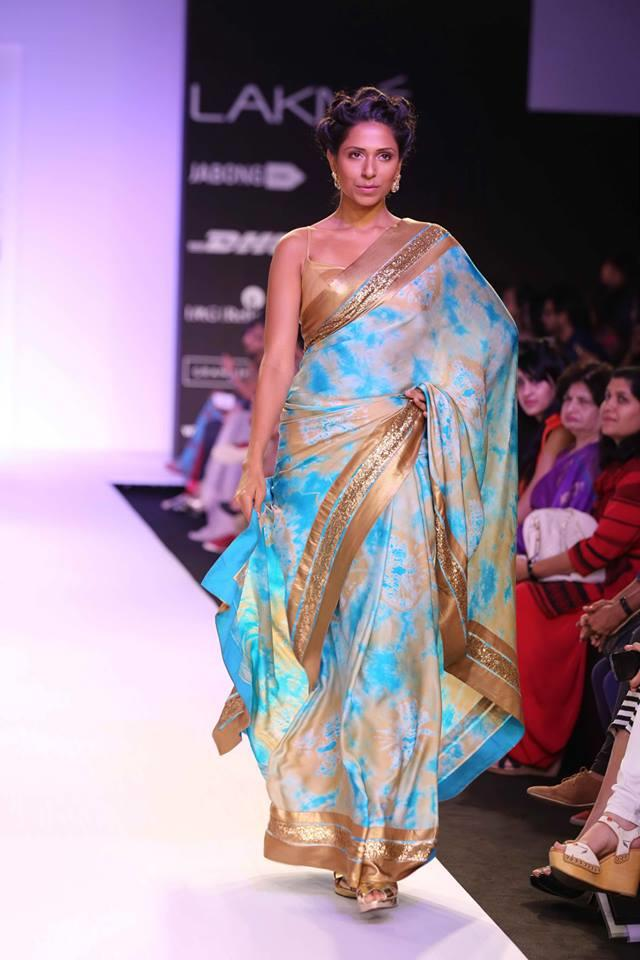 Mandira Bedi Lakme Fashion Week Summer 2014 blue tie die and gold sari
