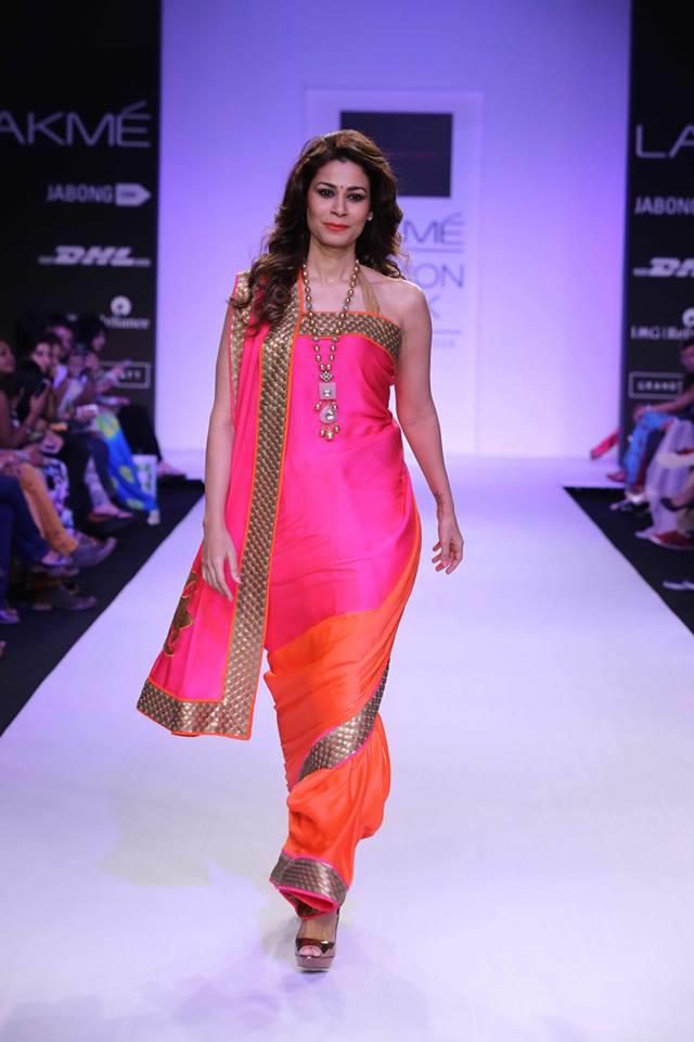 Mandira Bedi Lakme Fashion Week Summer 2014 pink and orange saree