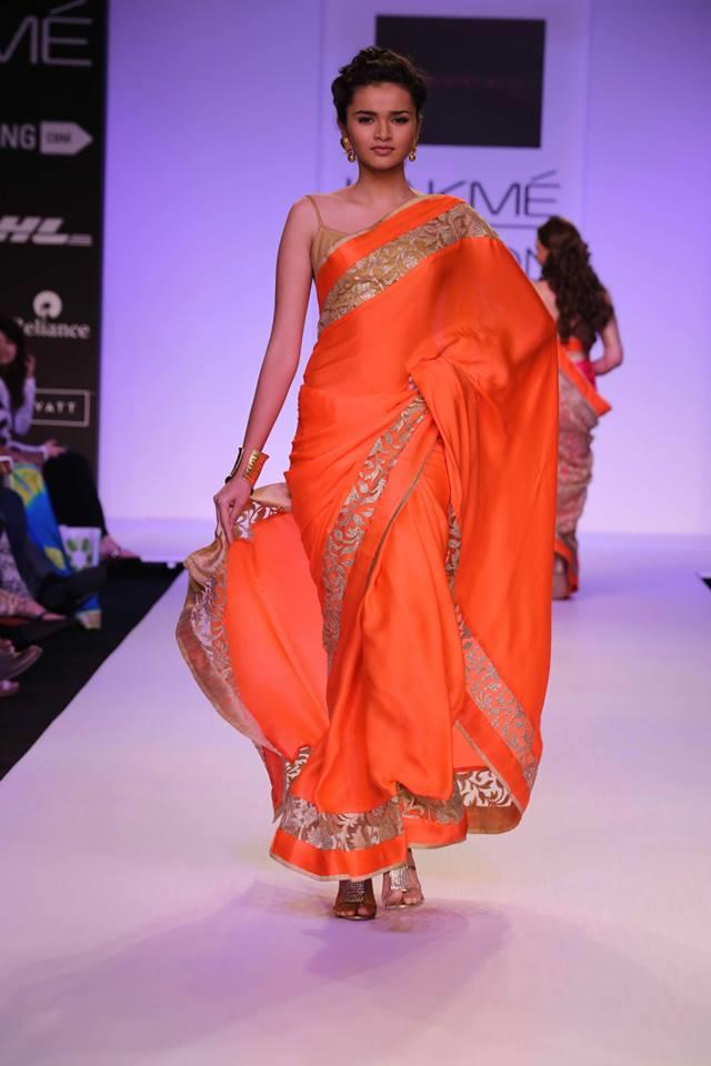 Mandira Bedi Lakme Fashion Week Summer 2014 red sari