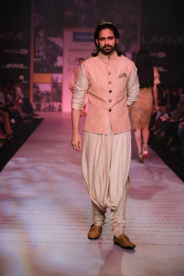 Shantanu & Nikhil Lakme Fashion Week Summer 2014 candy pink shervani