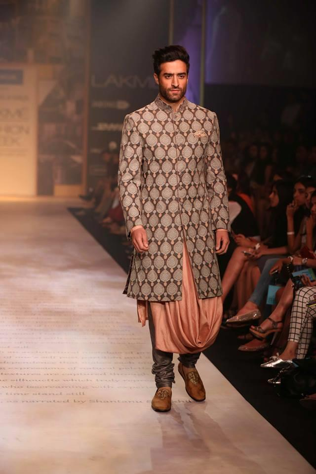 Shantanu & Nikhil Lakme Fashion Week Summer 2014 peach sherwani