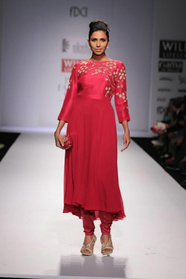 Nikasha Wills Lifestyle India Fashion Week 2014 red long sleeved churidar suit