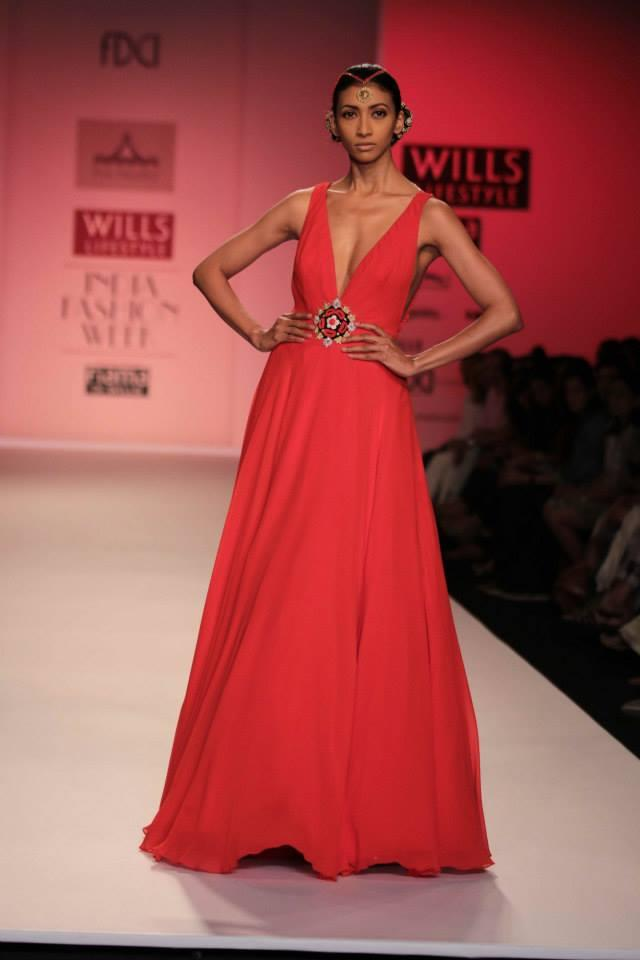 Pia Pauro Wills Lifestyle India Fashion Week plunging vneck Indian red dress
