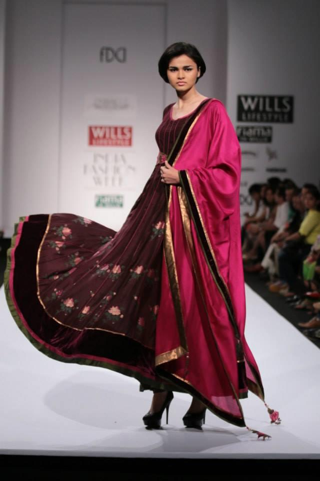 Pinnacle by Shruti Sancheti Wills Lifestyle India Fashion Week 2014 pink purple Indian anarkali dress