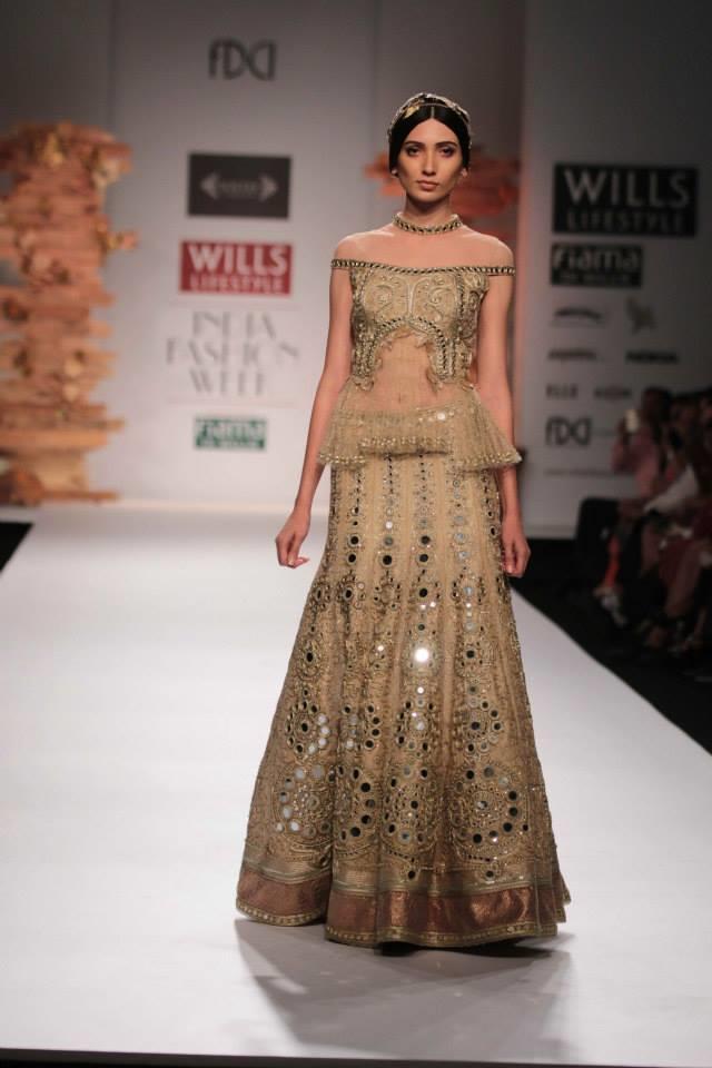 Soltee-by-Sulakshana-Monga-Wills-Lifestyle-India-Fashion-Week-2014-gold-mirror-work-lehnga