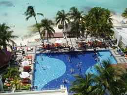 Dreams Sands Cancun