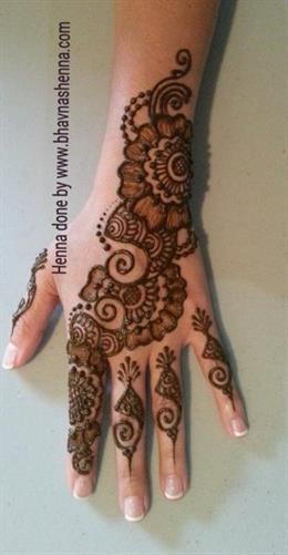 Bhavna S Henna And Arts