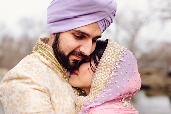 15a Indian Sikh wedding hugging portrait