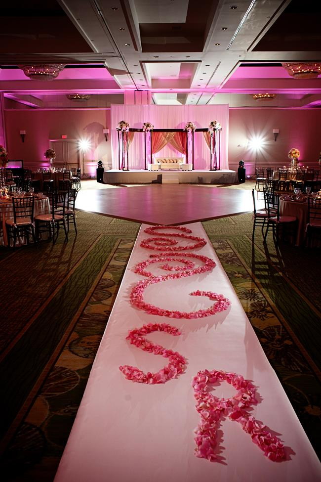 28a indian wedding aisle and mandap
