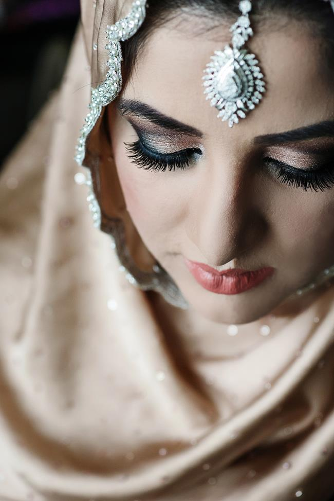 6a indian wedding bridal makeup eyelashes
