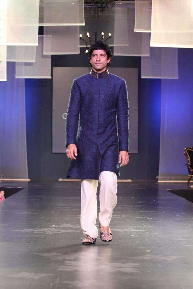 Manish Malhotra mens indian wedding long sleeve