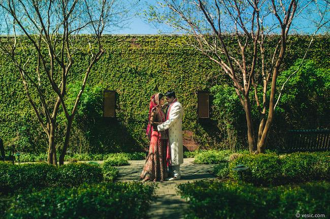 20a indian wedding outdoor portrait