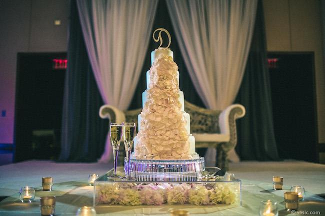 52a indian wedding cake