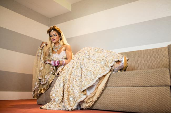 15a indian wedding lenga portrait