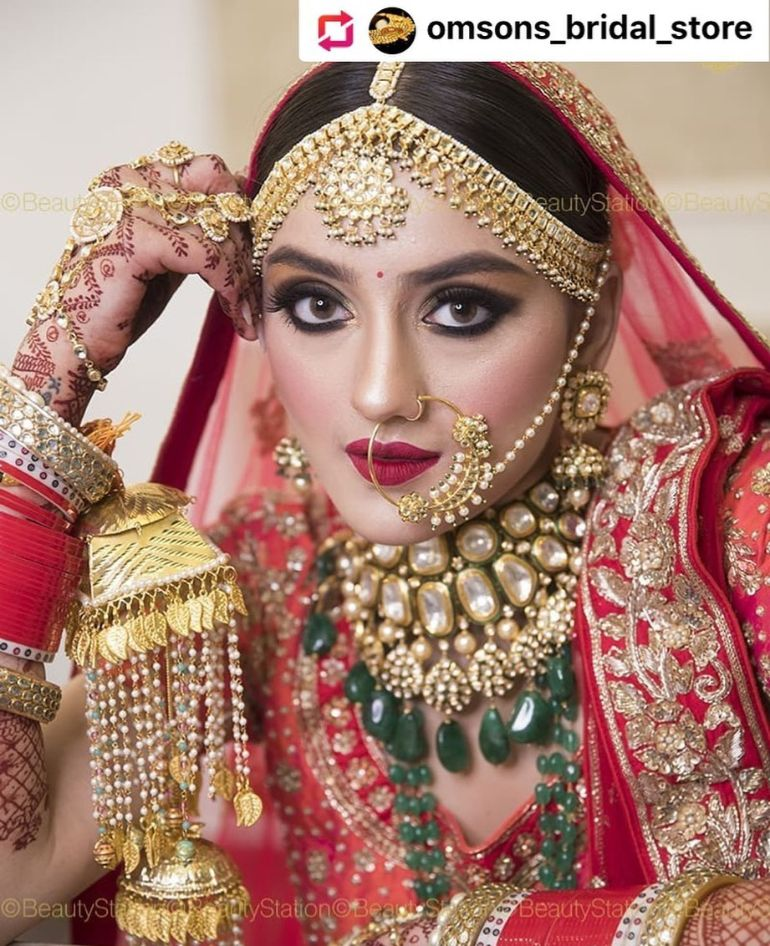 DOLI OM SONS BRIDAL STORE KARNAL