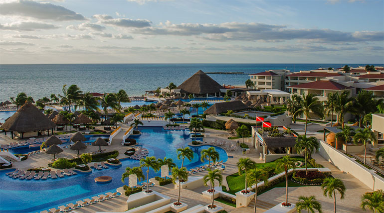 Featured Resort Spotlight For Indian Weddings Moon Palace Cancun