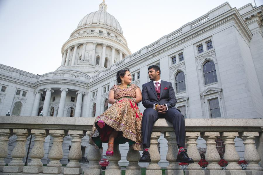 Madison Wisconsin Fusion Indian Wedding by BellowBlue Photography
