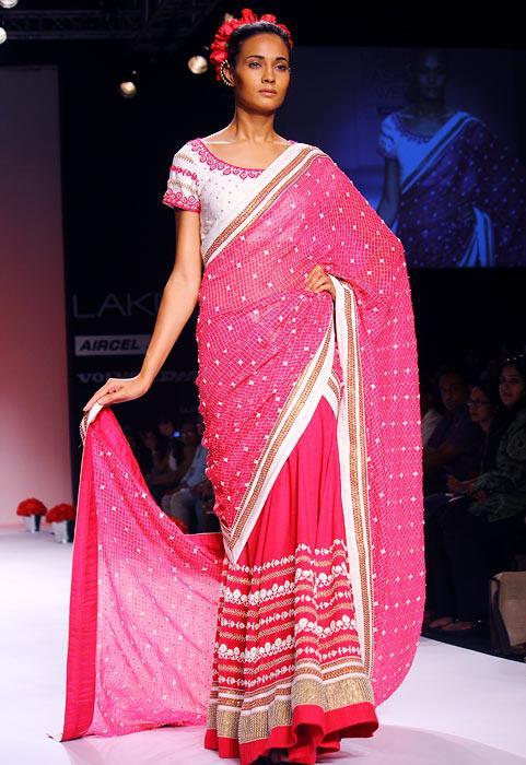 Indian Wedding Fashion By Vikram Phadnis Soumitra Mondal Vaishali Shadangule Lfw S S 13