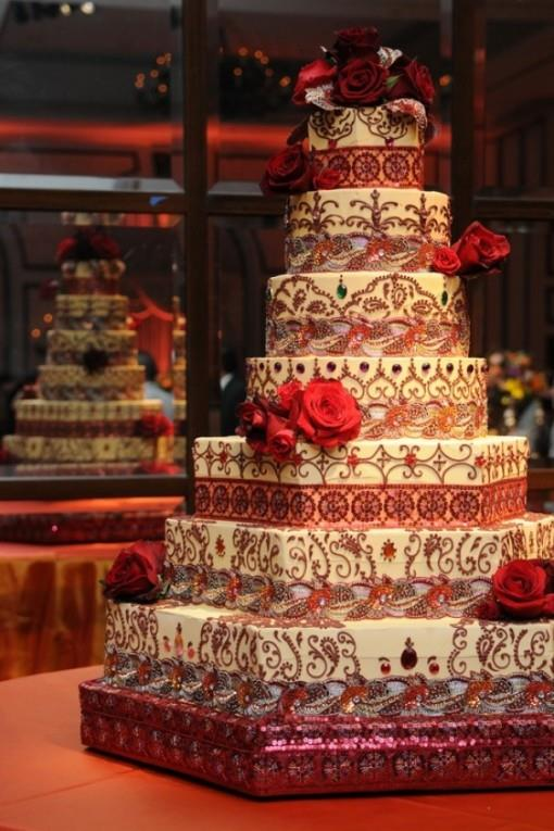 indian wedding cakes pictures indian wedding inspiration dreamy wedding cakes 16421